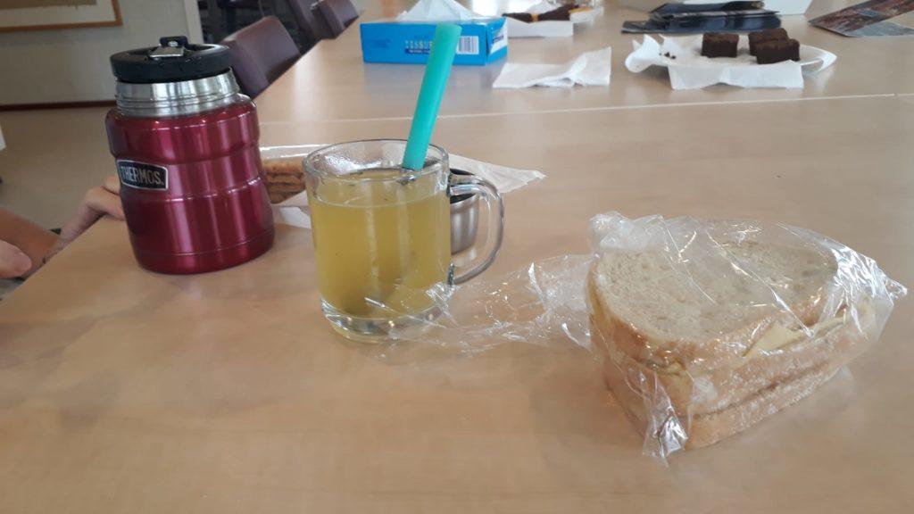 Met elkaar lunchen